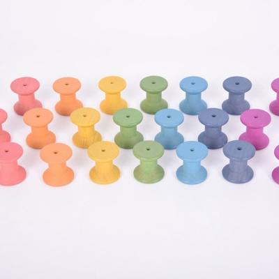 TickIt - Houten spoelen in regenboogkleuren - Set van 21