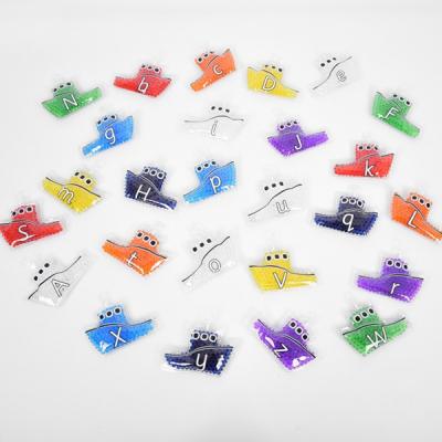 Regenboog gel letter boten - Set van 26